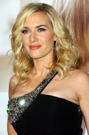 Who in your opinion is the prettiest: Kate Winslet, Alexa Vega, Sofia Vergara, or Julianne Hough?