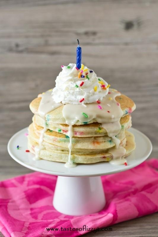 Which of the pancakes look yummiest?