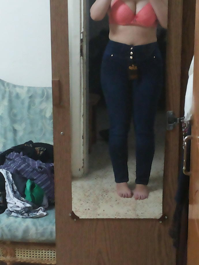Do I Have Too Wide Hips Is It Too Bad Looking Do I Look Fat - Girlsaskguys-9697