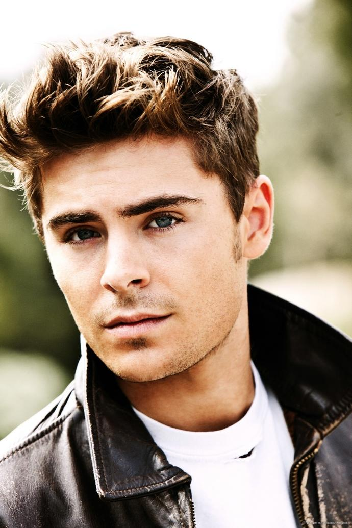 What face shape is Zac efron?