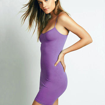 Ladies, what goes best with this bodycon/sheath dress?