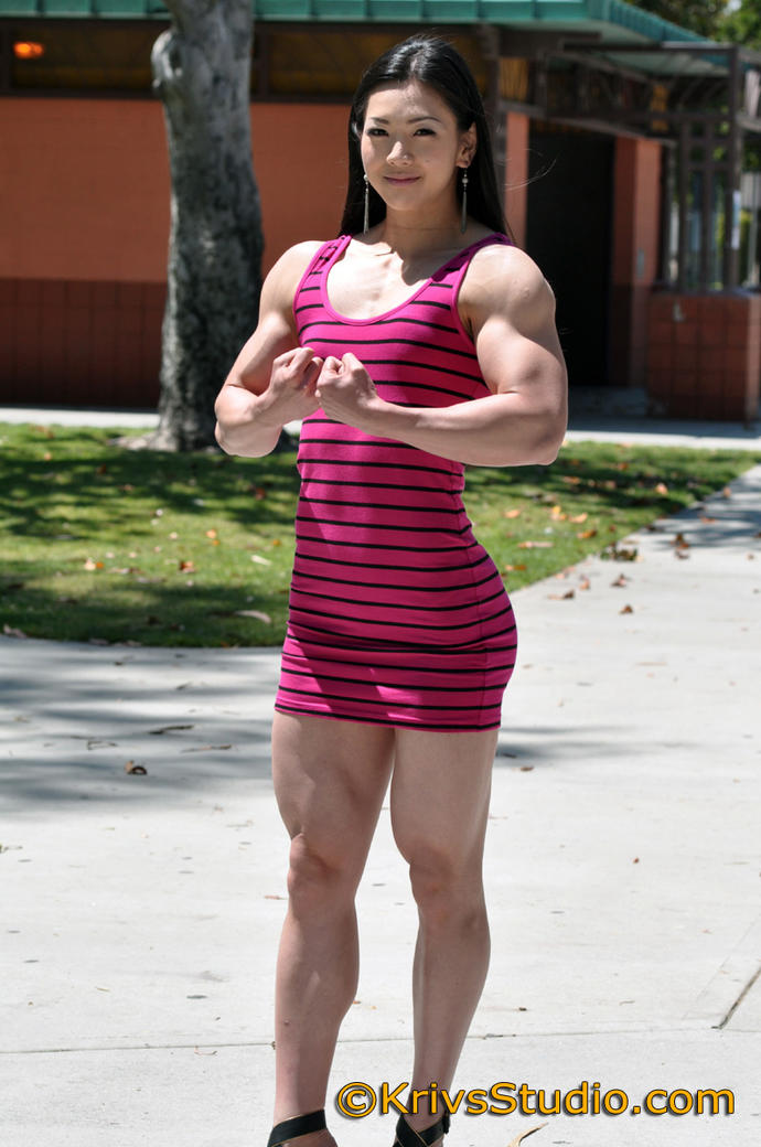 Guys, Anybody Got A Thing For Muscular Chicks?