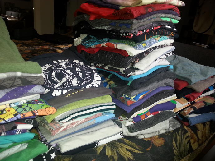 Having trouble narrowing down my t-shirts. Offer me support?