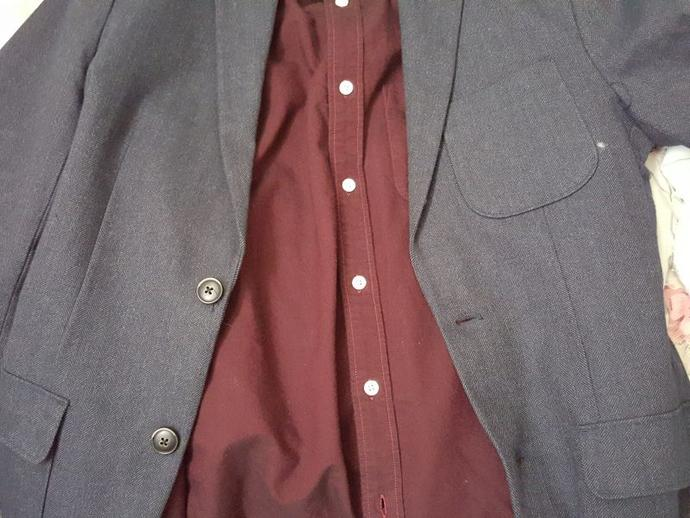 What color pants/slacks will go with this shirt and blazer?