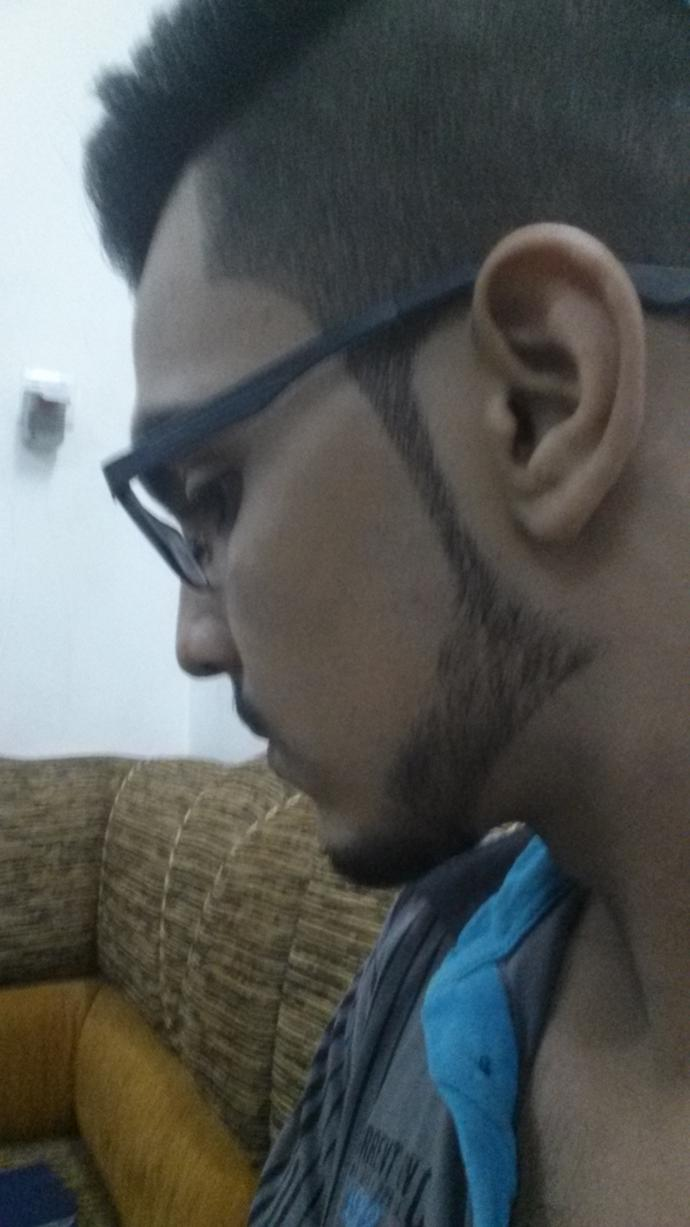 Is this a nice hair and facial hair style?