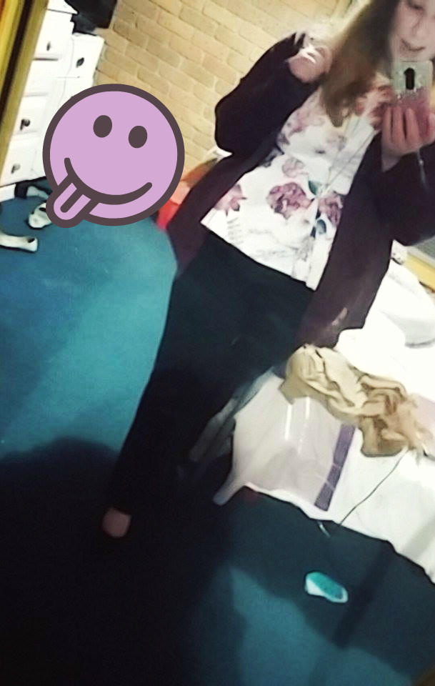 Do I carry my weight well/dress well for my size, and does anyone know any good, cheap plus size clothing sites?