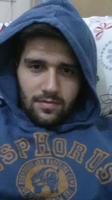 Hi, How Do I look :) ?
