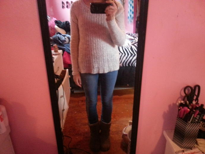 Hi, I'm just wondering what looks better with my gray sweater and gray boots . Picture 1 is blue jeans or picture  2 is black leggings?