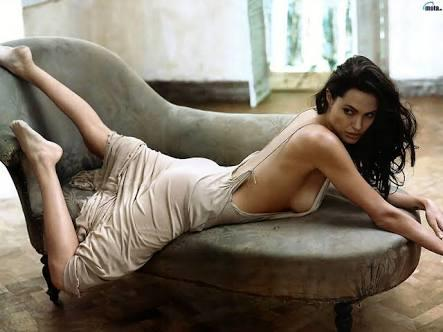 How do you rate Angelina Jolie?