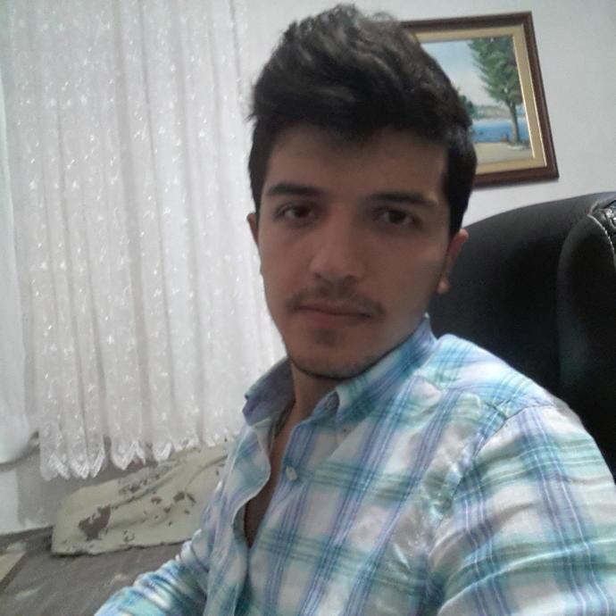 Girls, am i handsome :) ?