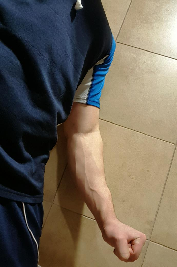 Do girls like arms with veins?