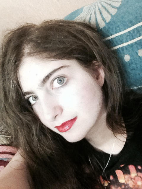 Is this Palestinian bully FearieQueen really good looking?