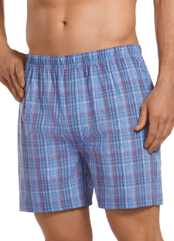 Girls, what would you find the hottest for your boyfriend/fwb/husband to wear at bed/around the house?