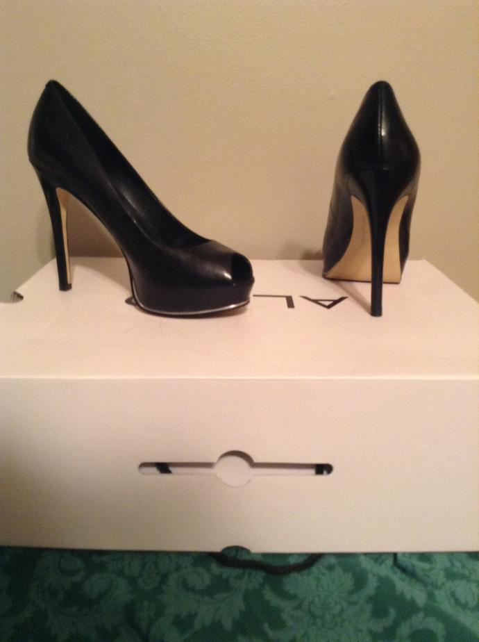 Are these heels too high for college ?