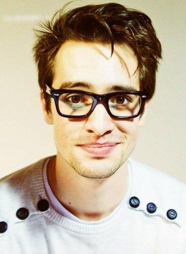 Is it weird that Brendon Urie is the last remaining member of Panic! At the Disco?