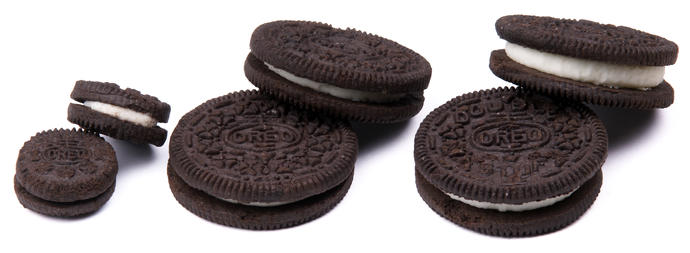 People who are obsessed with Oreos, what exactly draws you to them?