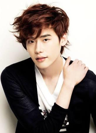 For those who're familiar with Korean Hallyu wave, this should be fun. Who do you think is the hottest Hallyu actor?