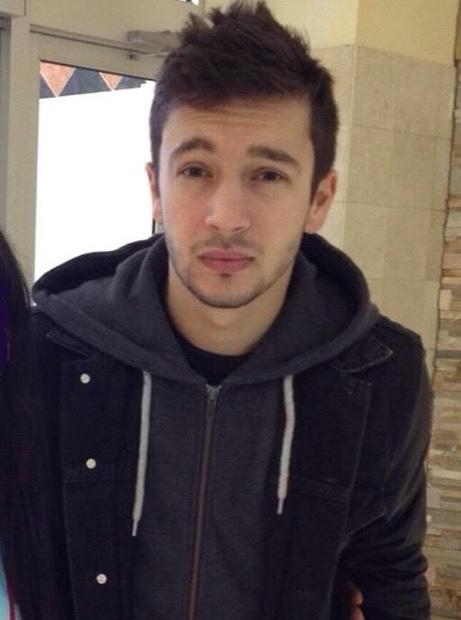 Is he attractive ?