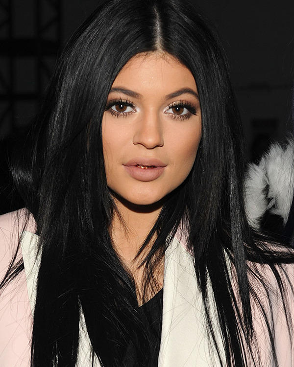 Do you guys think Kylie Jenner is Gorgeous?