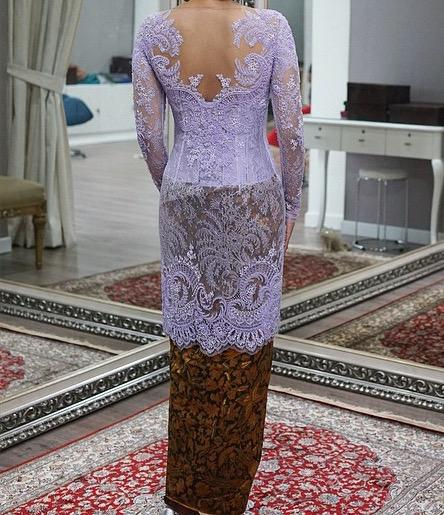 Which kebaya do you prefer?