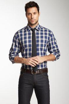 Is tucking shirts in going out of style?
