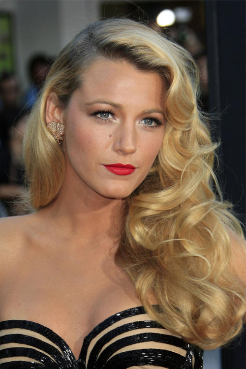 Do you all find Blake Lively attractive?