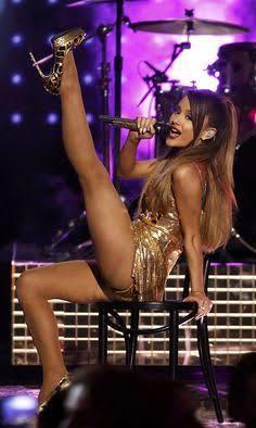 Leg men, do you like legs like Ariana grande?