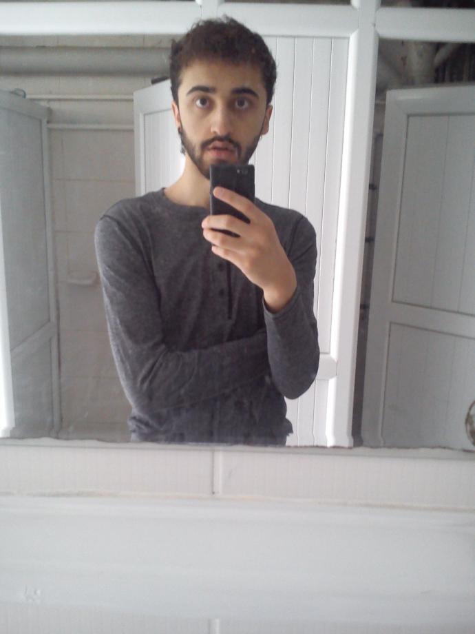 how do i look?am i so ugly😭?