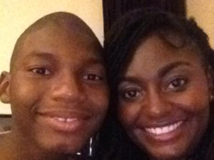 Does this pic of me and my big sis look nice?