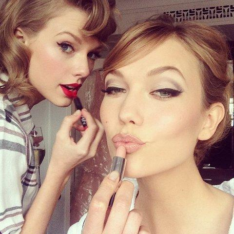 "Men and lesbians would you date 6'1"" Karlie Kloss or 5'10"" Taylor swift?"