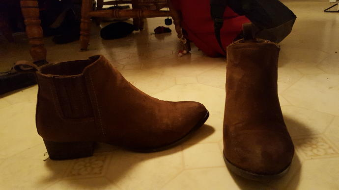 Girls, What Matches/Clashes With Brown Shoes?