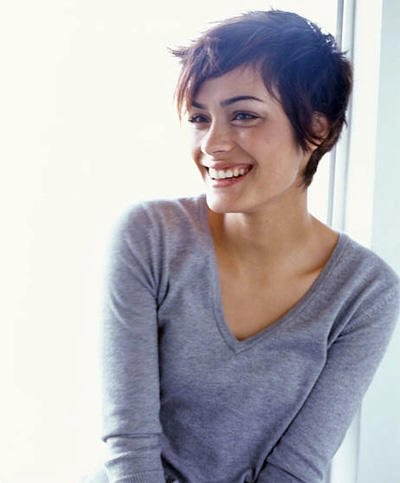 Guys, would you date a girl with short hair? - GirlsAskGuys