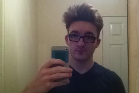 Rate my Attractiveness! 1-10 ;P Opinion?
