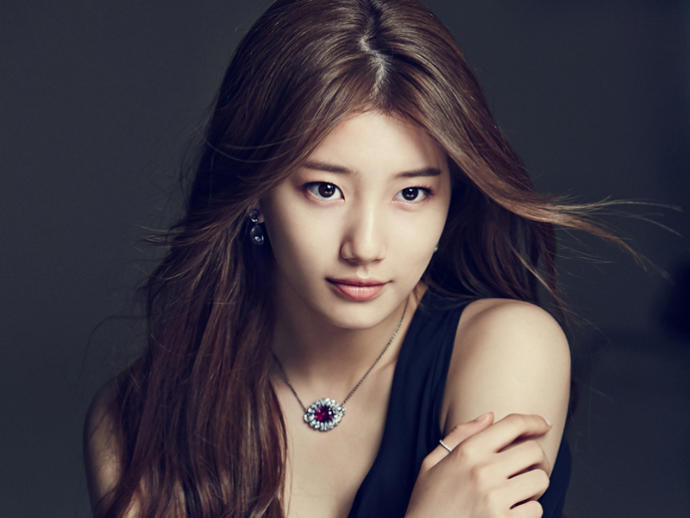Is Suzy a beautiful?