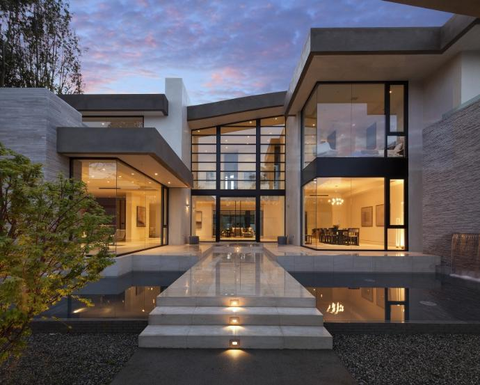 Describe your dream house?