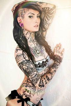 Who do you choose as the hottest tattooed girl?
