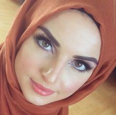 As an American, Am I weird for finding Arab girls with a hijab super attractive (pic below)?