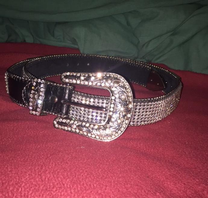 Do you like my belt 💎💎?
