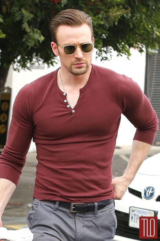 Do you think Chris Evans is attractive man?