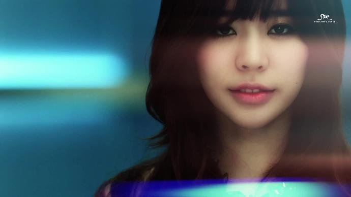 Kpop Girl series #15 Sunny: How beautiful do yo think this girl is ?