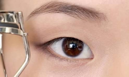 Your thought on monolid eyes?