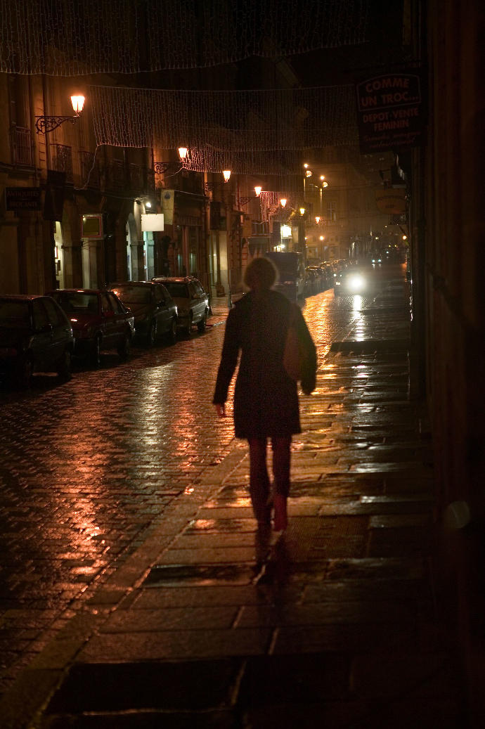 Girls, Do you feel safe walking in the streets alone at night?