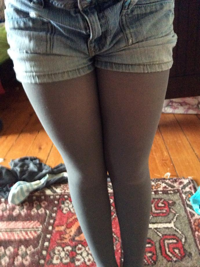 Guys, do you like shorts over tights?