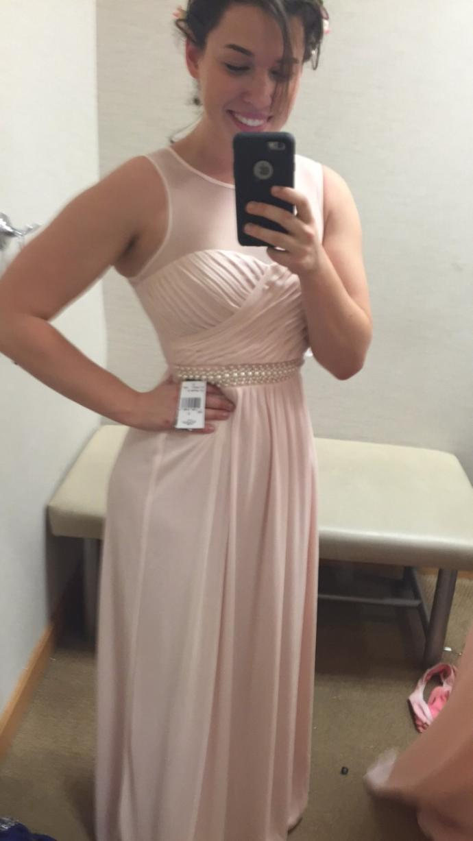 How does this Prom dress look? Rates?