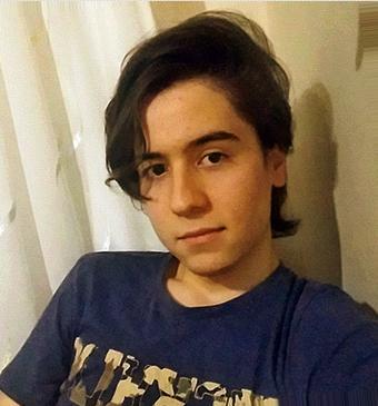 Long hair ? Short hair? Which?