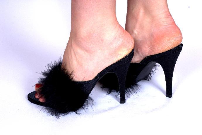 Should I buy this pair of heels this weekend?