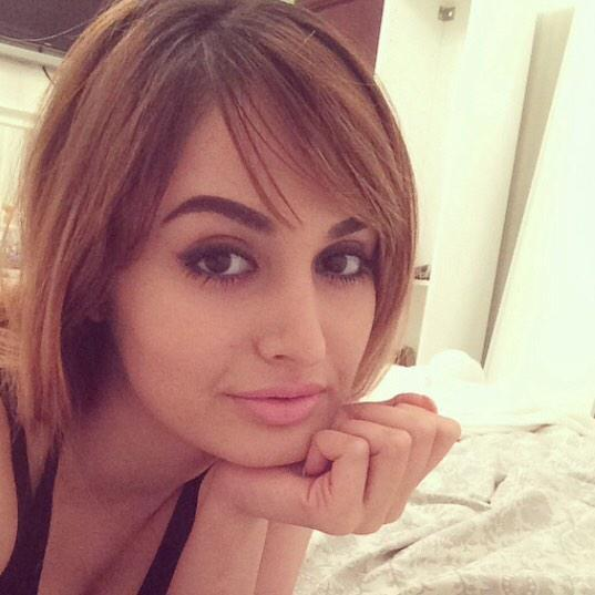 Would you marry this Middle Eastern Rich Girl/10 ?