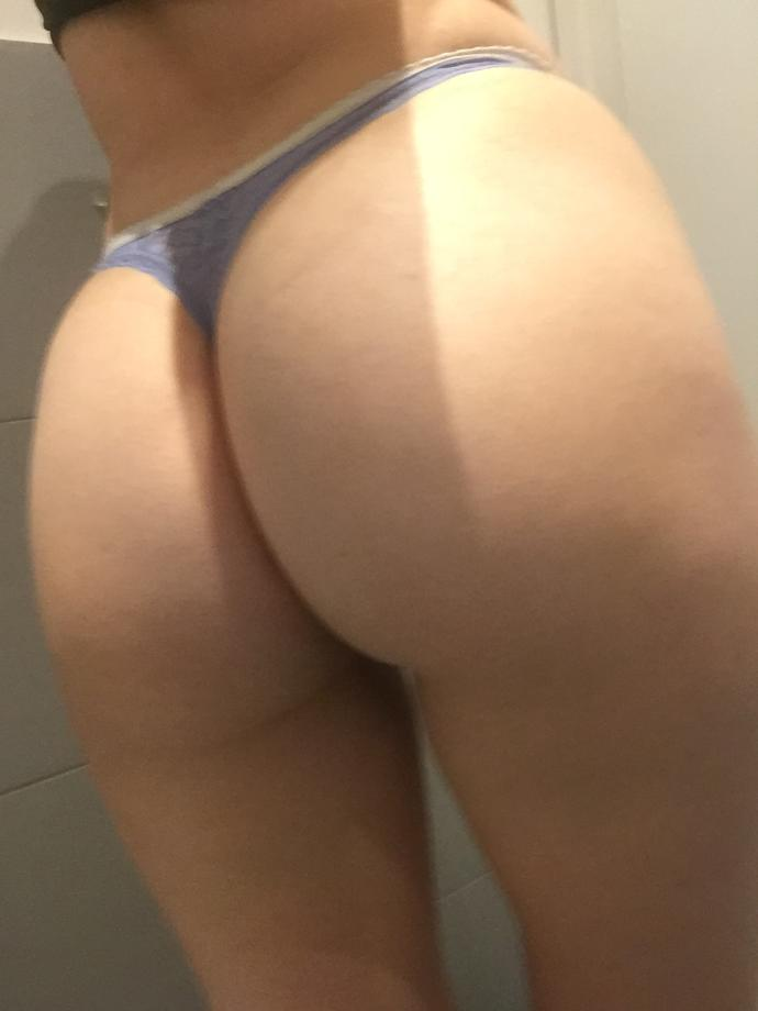 BOYS! As of now, I don't do any exercise. How does my butt look? Rate?