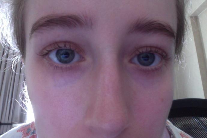 Do you think I have long eyelashes?