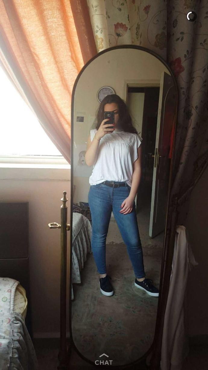 im very insecure about my thighs i think theyre too big, what is ur opinion and say the honest truth please?